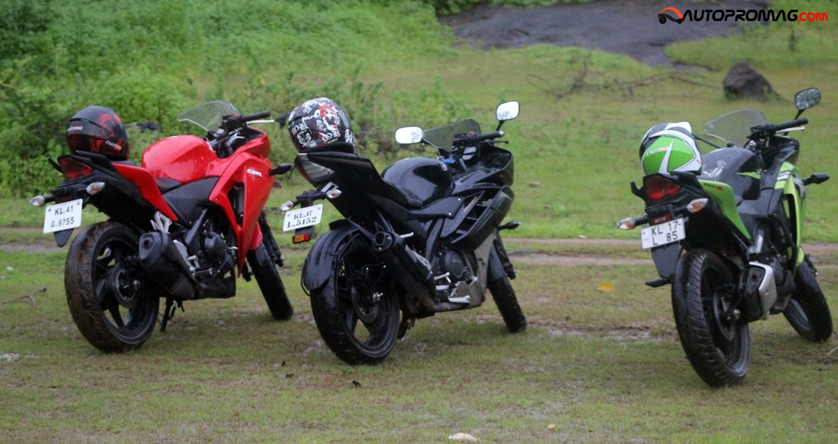 Honda cbr150r vs yamaha r15 videos for Yamaha 221 vs 222