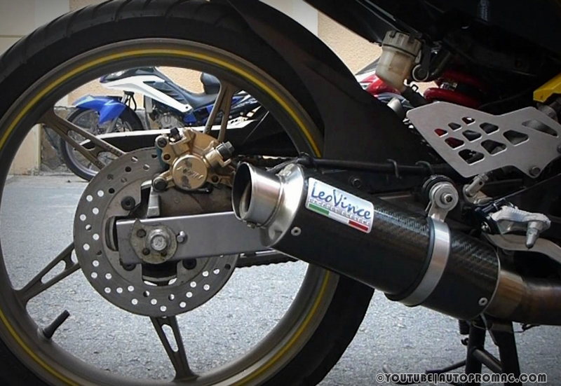 leo vince corsa exhaust for r15