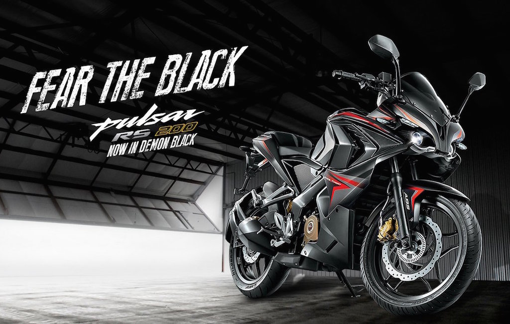 Bajaj Pulsar RS 200 demon black