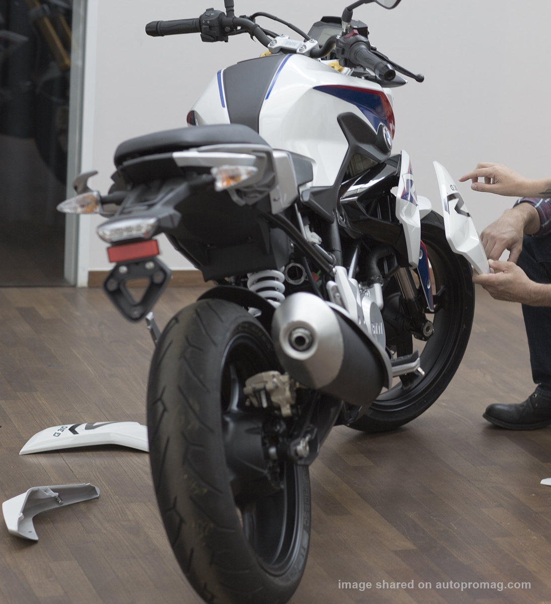 2018 bmw g310r. modren 2018 2018 bmw g310r specifications and features for bmw g310r