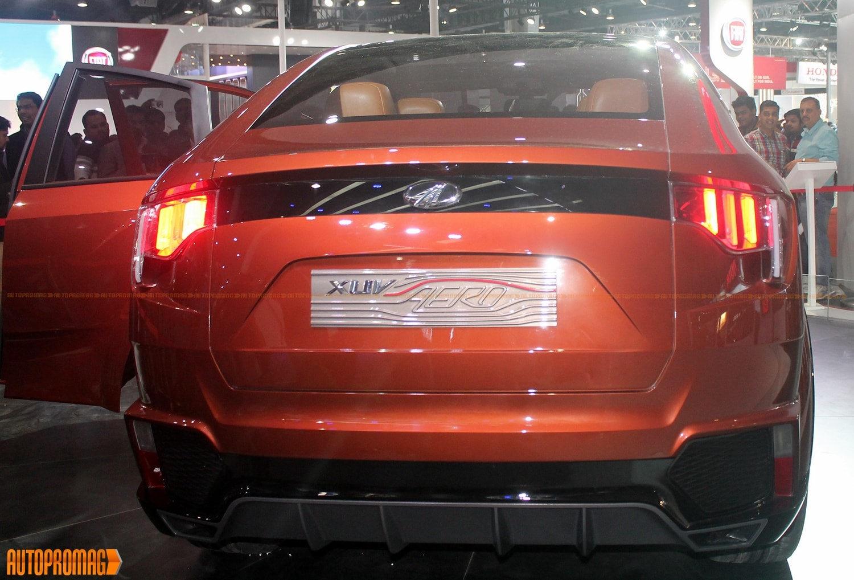Mahindra XUV aero rear