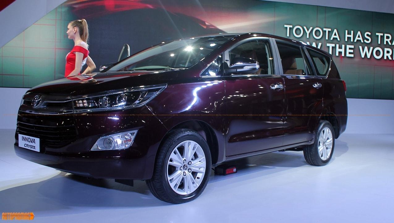 Toyota innova crysta engine and specification