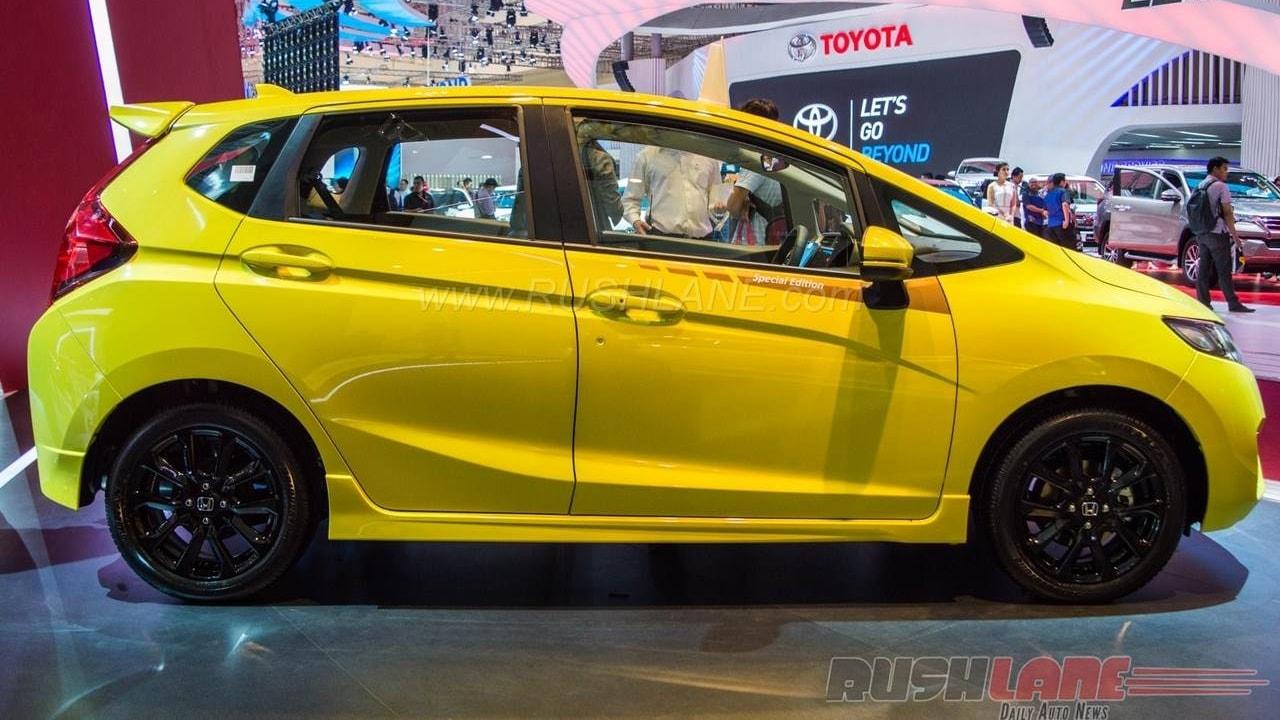 Honda Jazz RS CVT Special edition