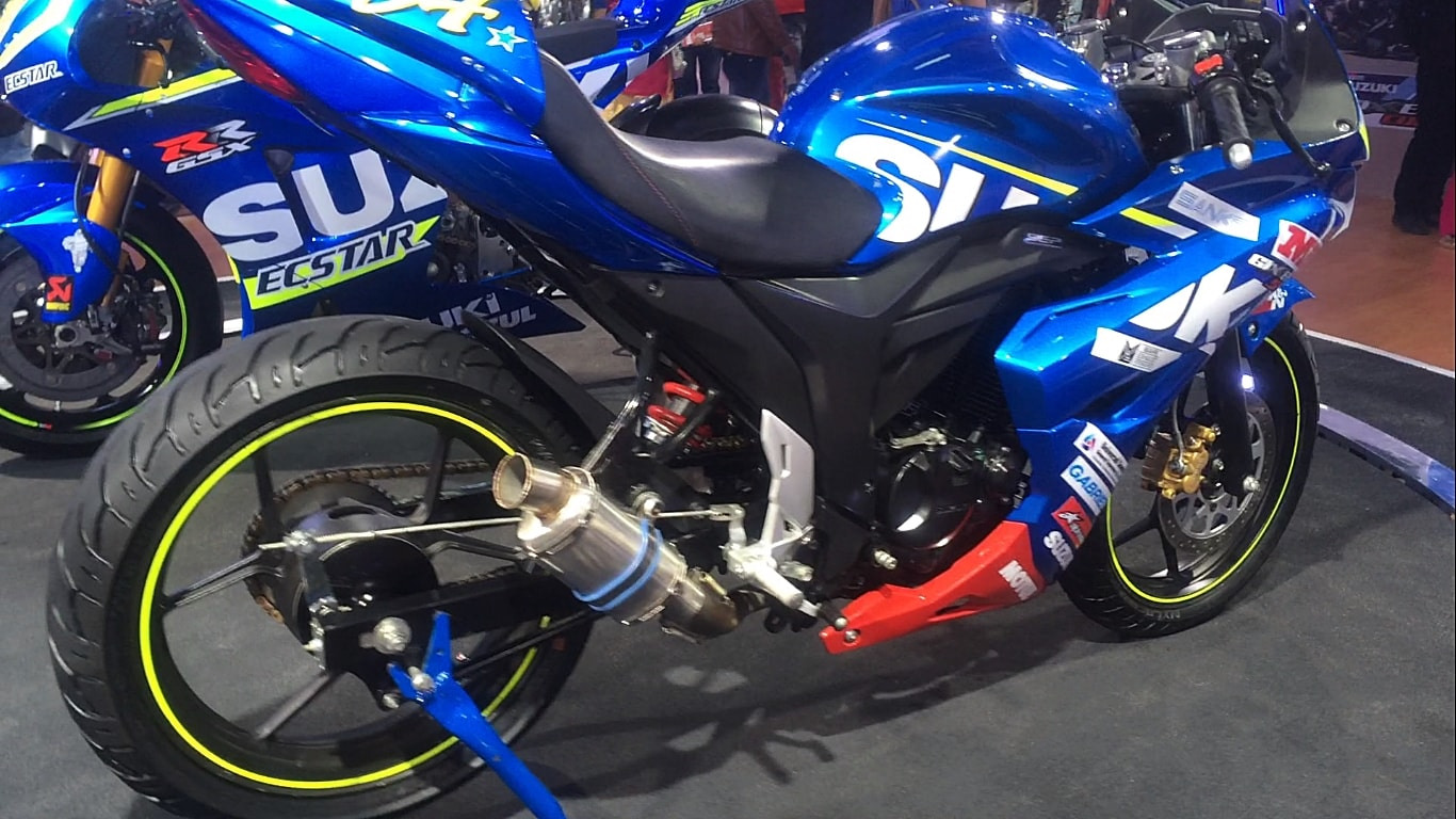 Gixxer SF FI fuel injected