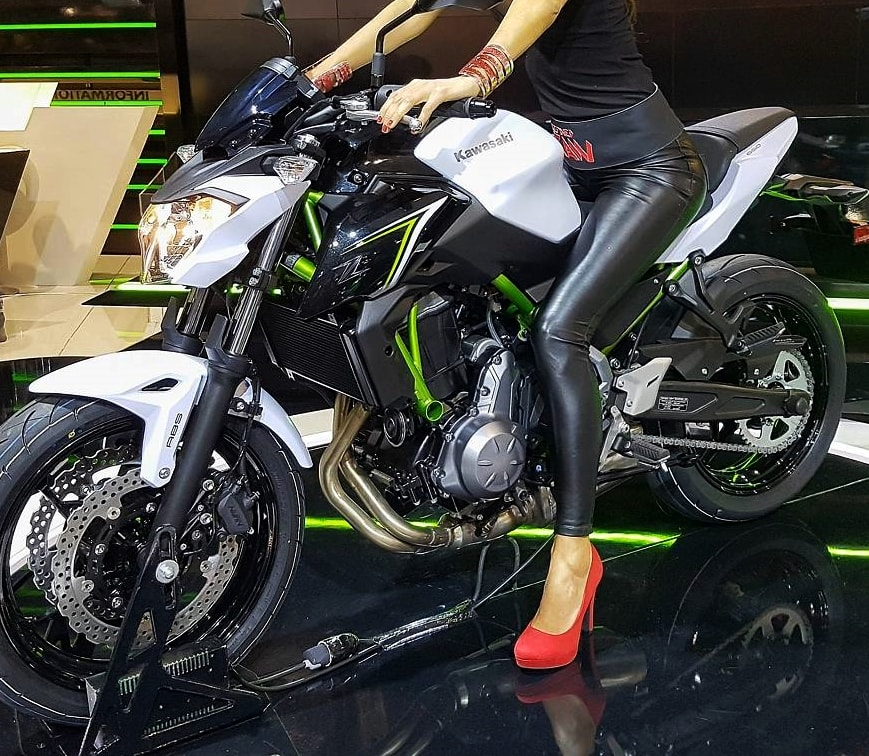 2017 kawasaki z650 z900 launched price specs engine autopromag. Black Bedroom Furniture Sets. Home Design Ideas