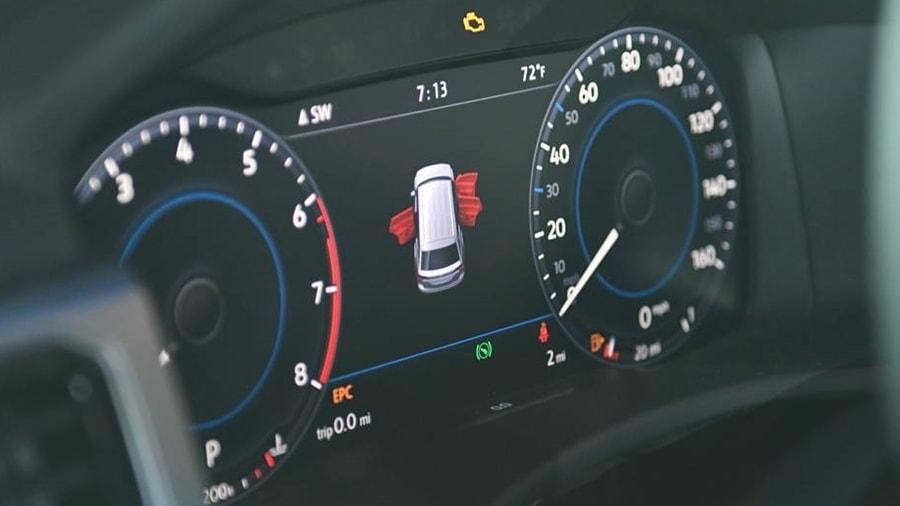 New Volkswagen Atlas display
