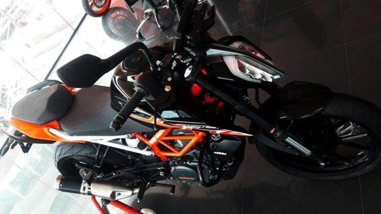 New black orange KTM Duke 390
