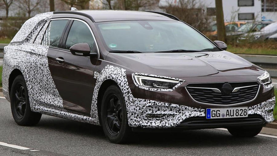 Vauxhall Insignia Country front