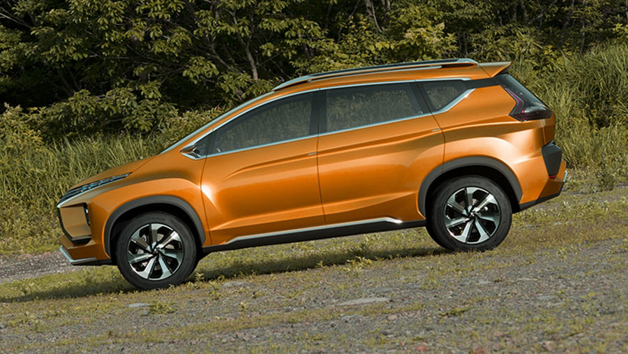 Mitsubishi Expander (XM Crossover) – price, release, specs ...