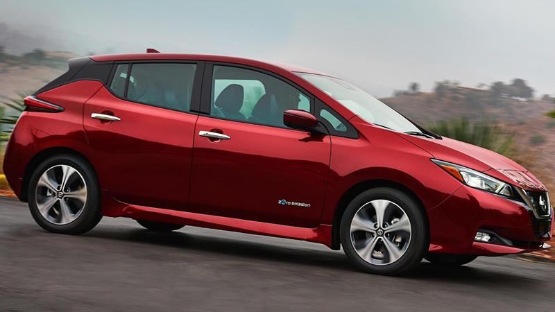 2018 Nissan Leaf red side