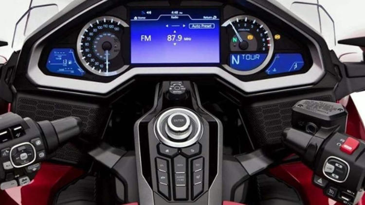 Honda Goldwing digital cockpit