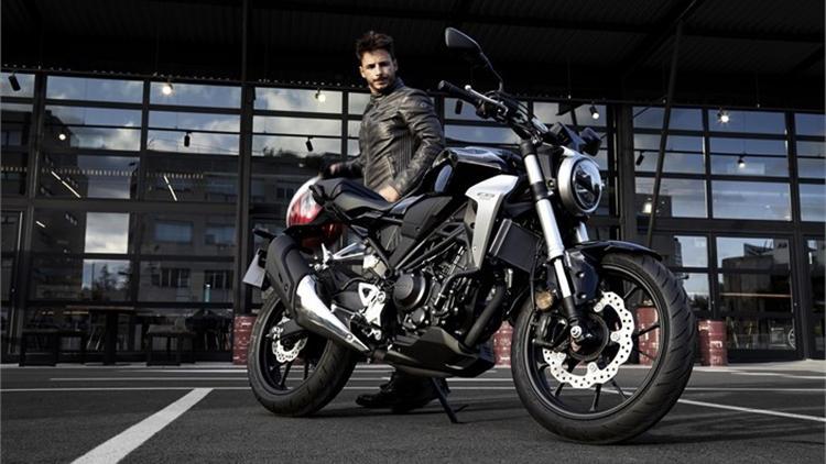 2018 Honda CB300R ride