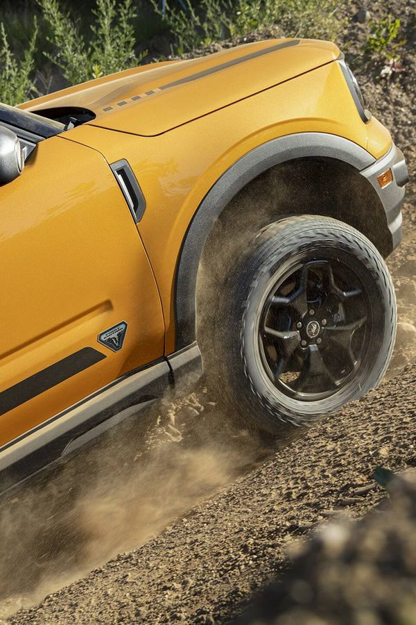 mud wheel spin ford bronco