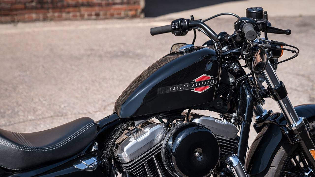 black HD sportster Forty Eight