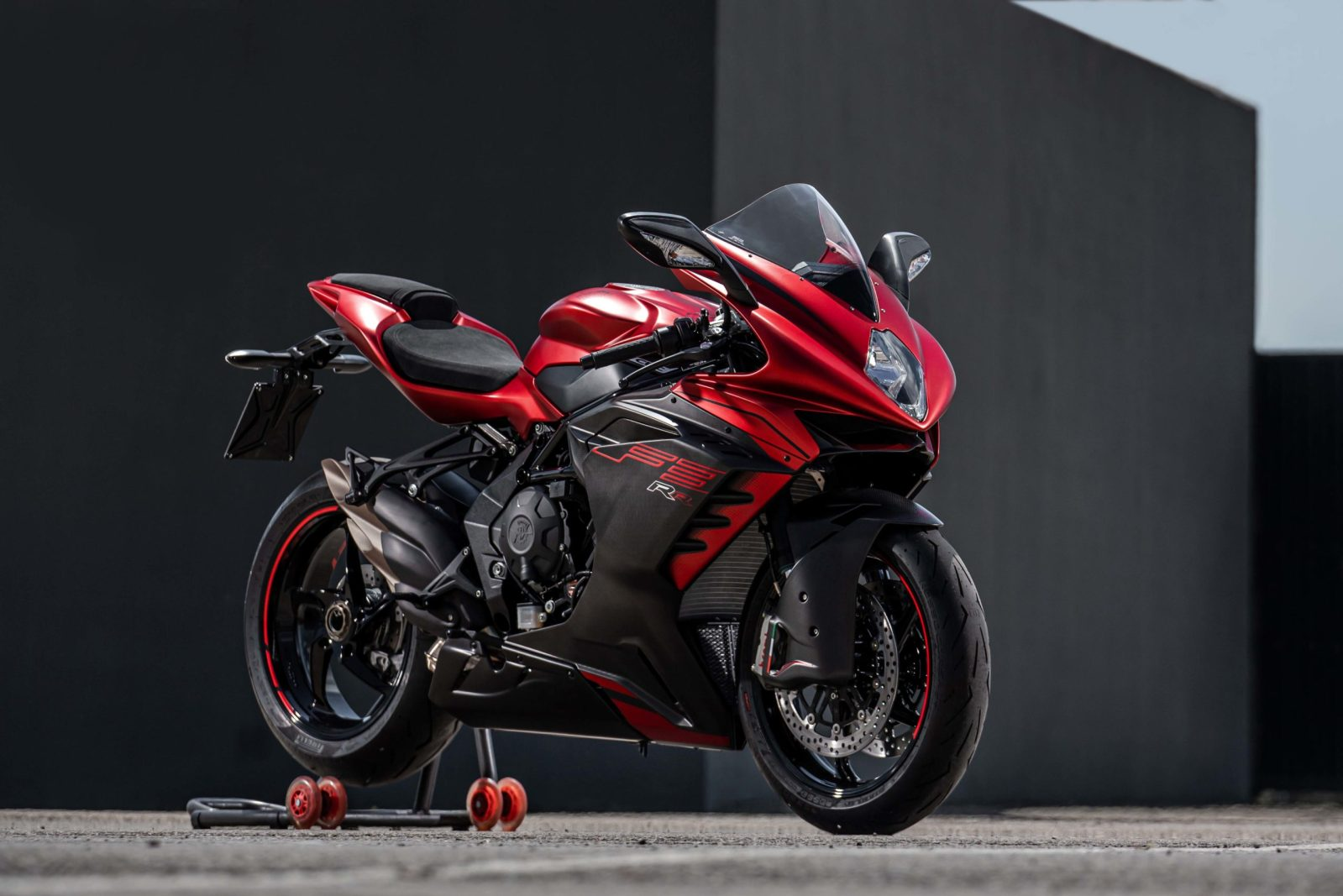 MV Agusta F3 RR Debuts with Wings & More for 2022