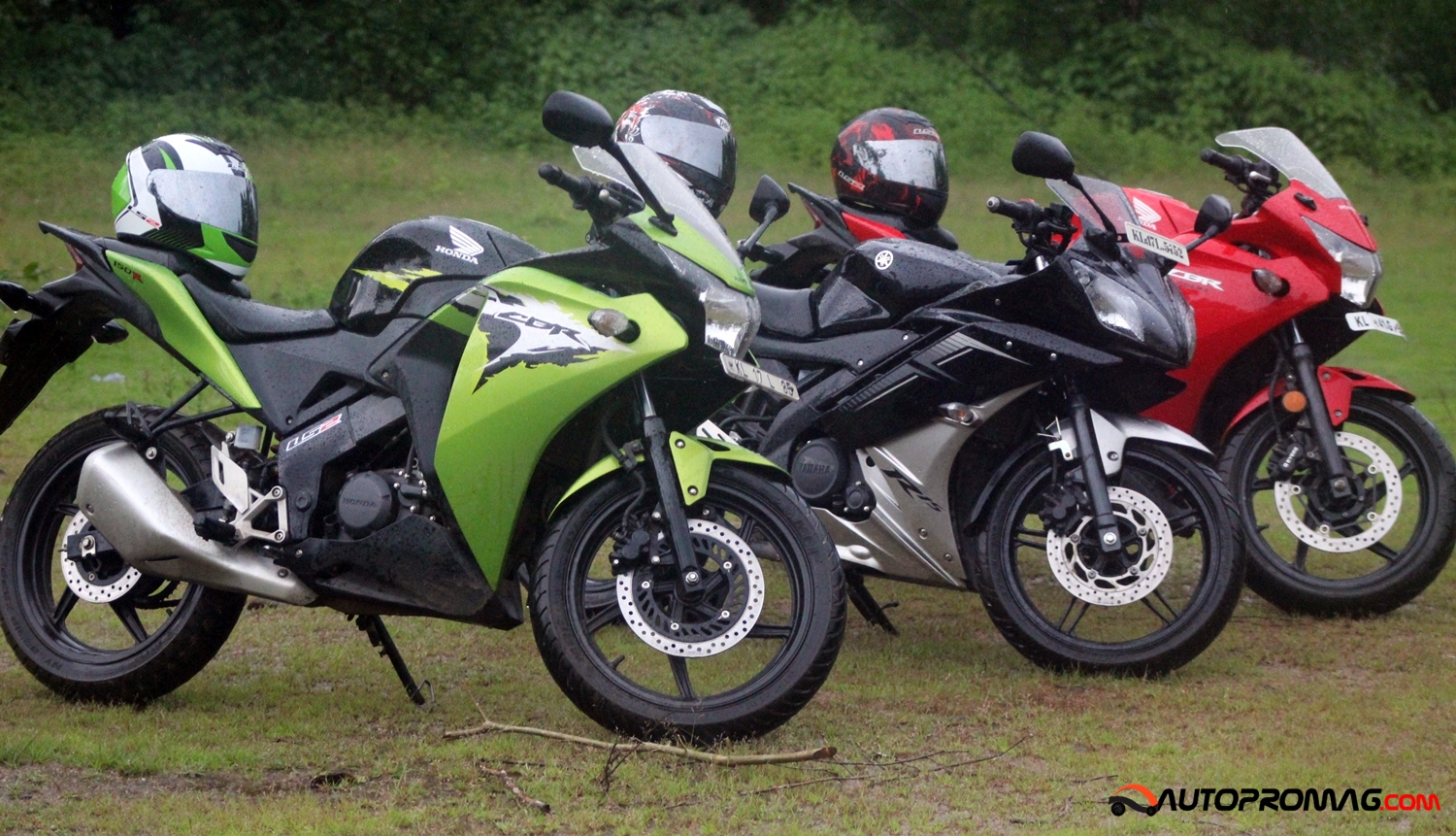 Yamaha R15 V2 Vs Honda Cbr 150r The Ultimate Review Page 2 Of 2