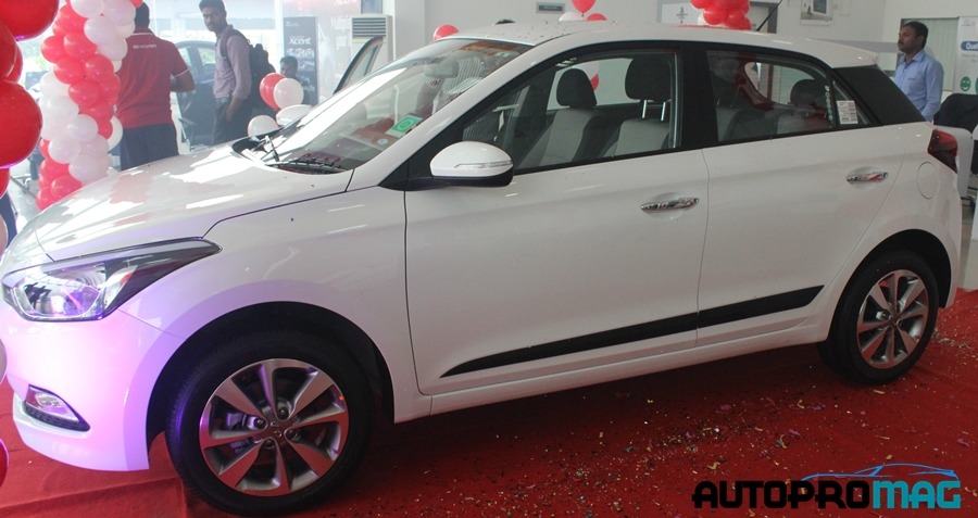 2015 Hyundai Elite I20 Reaches Cochin Dealership