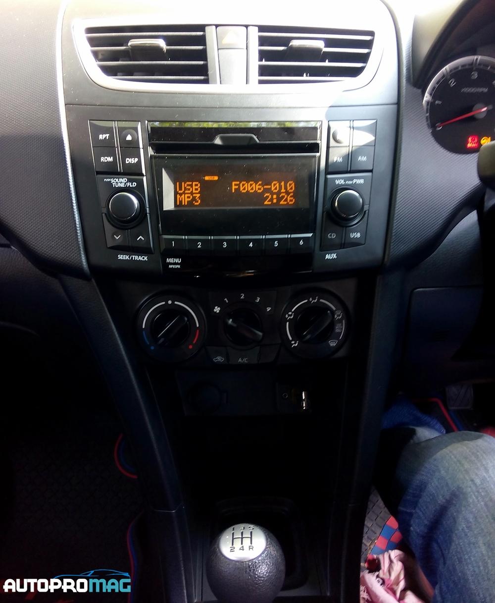 swift audio system 2015