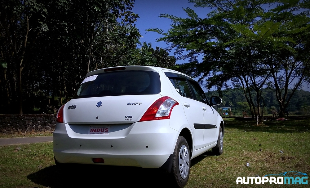 the 2015 maruti suzuki swift first drive and review. Black Bedroom Furniture Sets. Home Design Ideas
