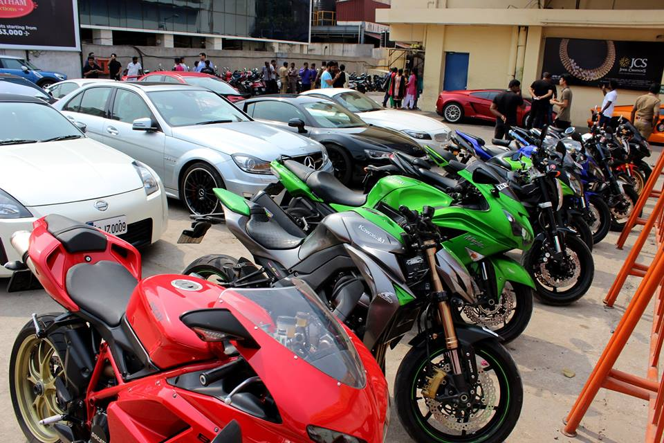 Supercar and SBK Owners Throng Up In Sathyam Theater, Chennai To Watch F&F 7