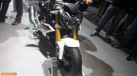 BMW G310R vs KTM Duke 390 vs Yamaha MT-03 vs Kawasaki Z300- Price comparison