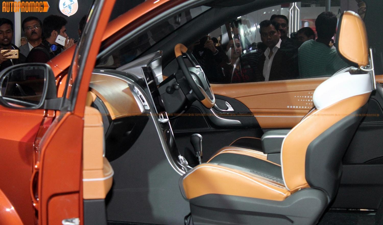 Mahindra XUV Aero suv coupe steering console