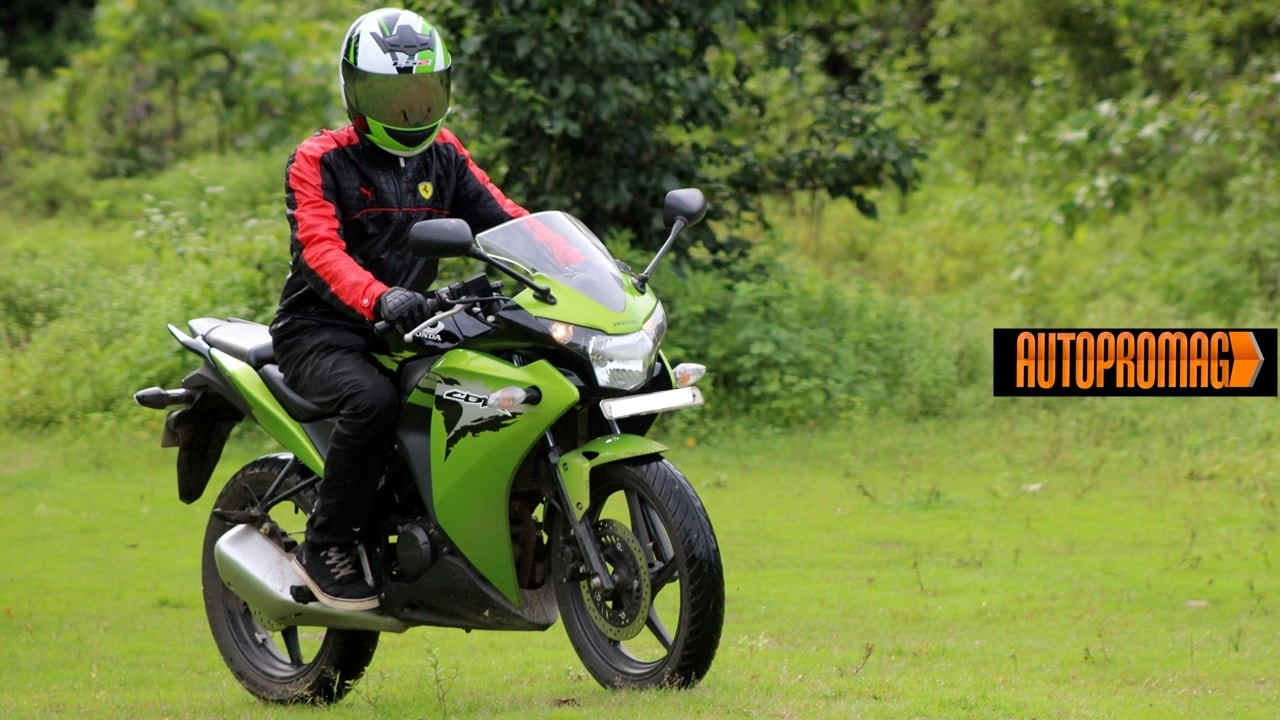 Honda CBR150R  rider wallpaper