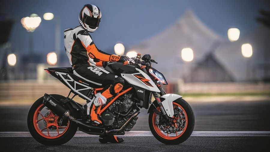 ktm duke 790 1290 super duke r details autopromag india. Black Bedroom Furniture Sets. Home Design Ideas