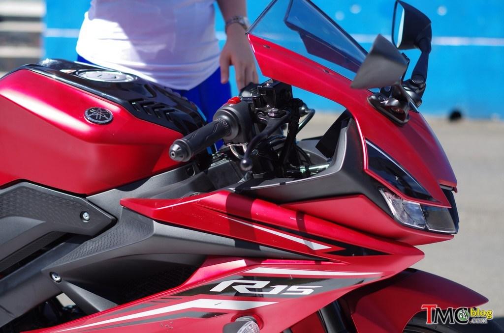 Maroon Yamaha R