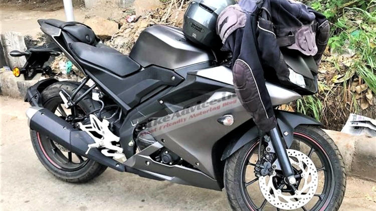 Yamaha YZF R15 V3 spied India