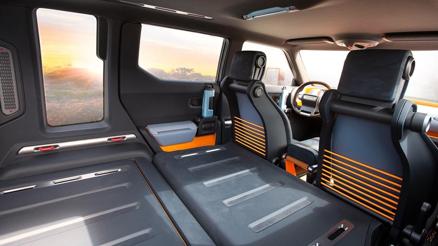 Toyota FT-4X cabin