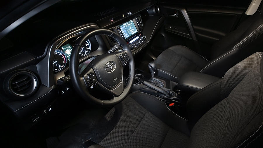 2018 RAV4 interior