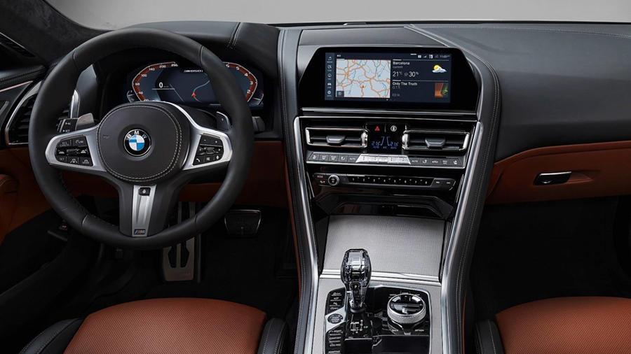 8 Series interior 2019