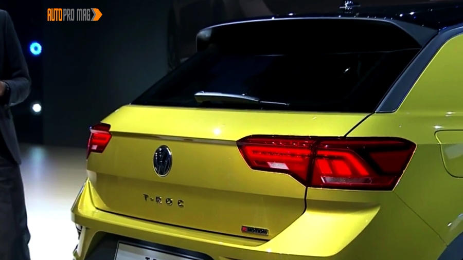 VW T Roc rear