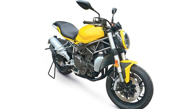 Benelli 350cc Duke 390 competitor