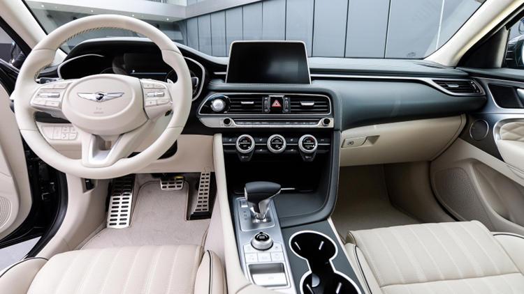 Genesis G70 white interior