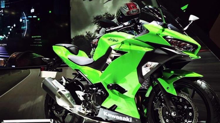2018 Kawasaki Ninja 250 green