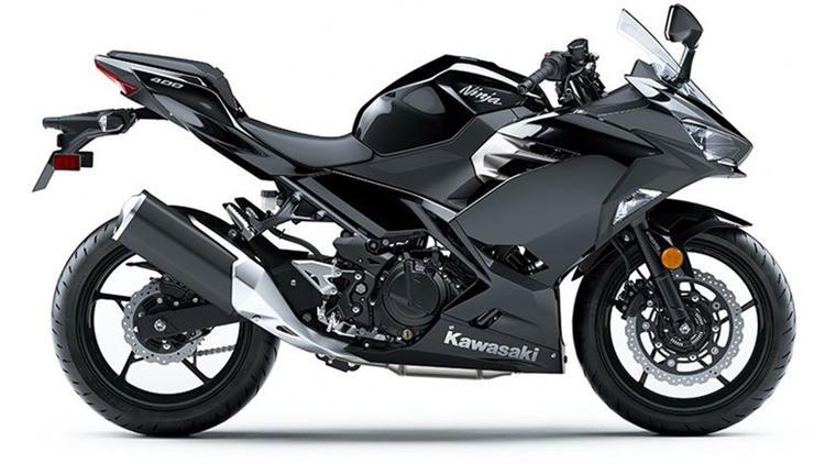 Kawasaki Ninja Commercial
