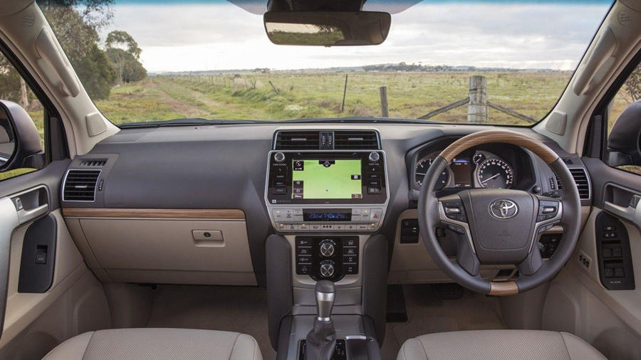 Toyota Land Cruiser interior 2018