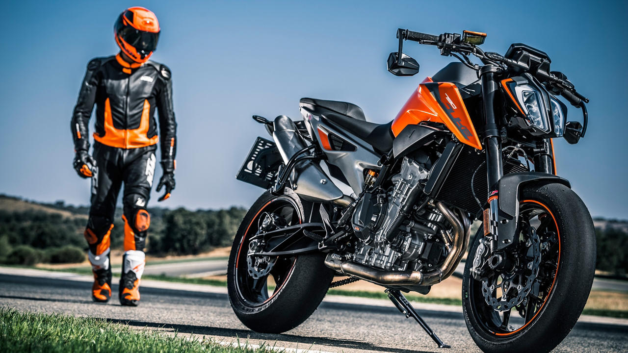 ktm 790 duke revealed with 103 hp of power autopromag. Black Bedroom Furniture Sets. Home Design Ideas