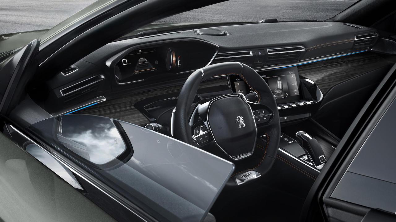 2019 Peugeot 508 SW GT interior