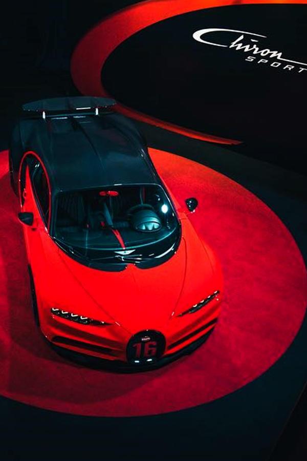 Italian red Bugatti Chiron Sport