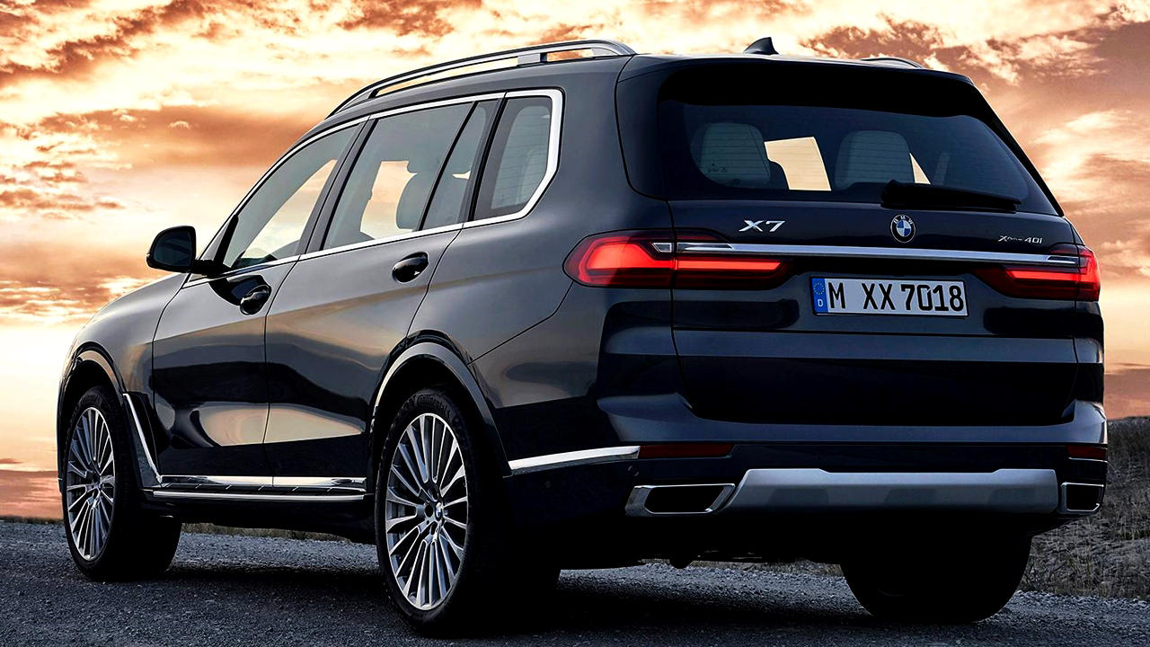 2019 BMW X7 7-seater rear