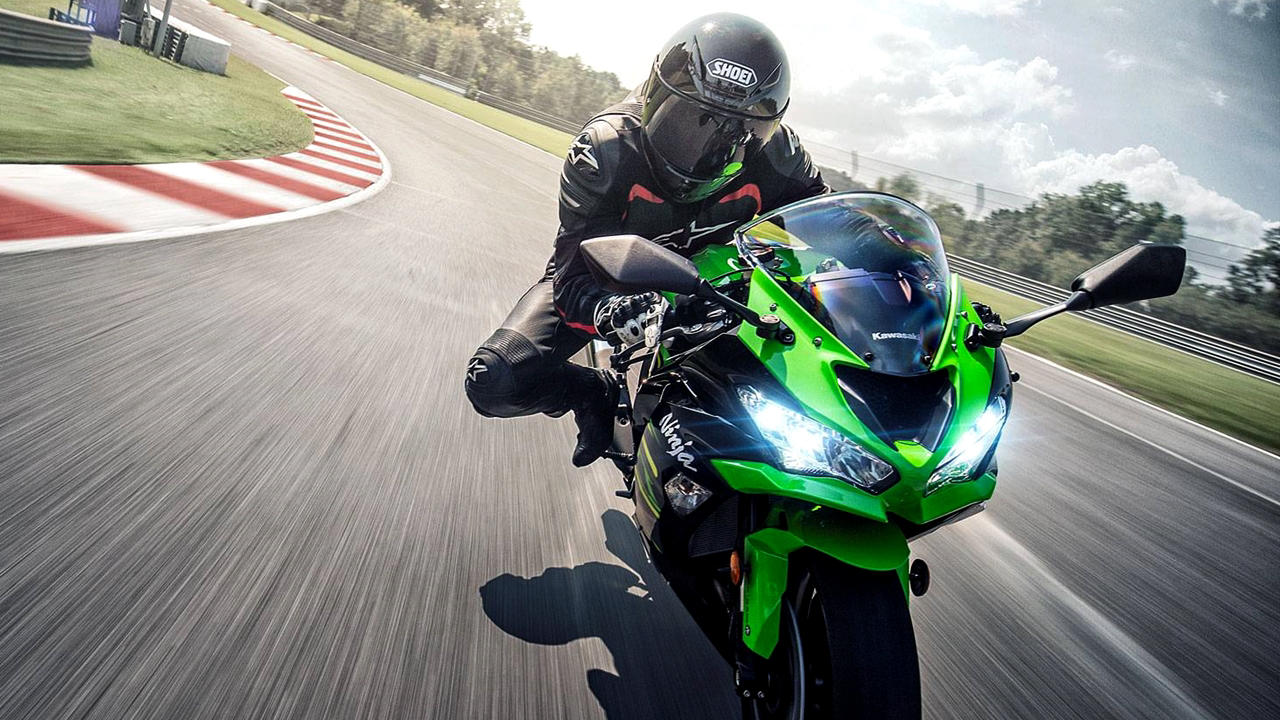 All new Kawasaki ZX6r 2019