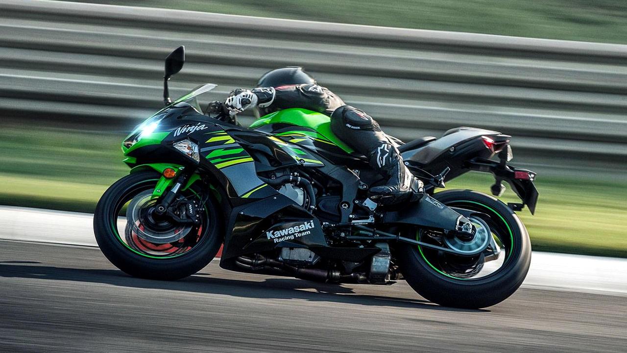 Green 2019 Kawasaki ZX-6R