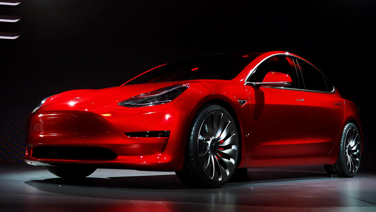 Telsa Model 3 mid range