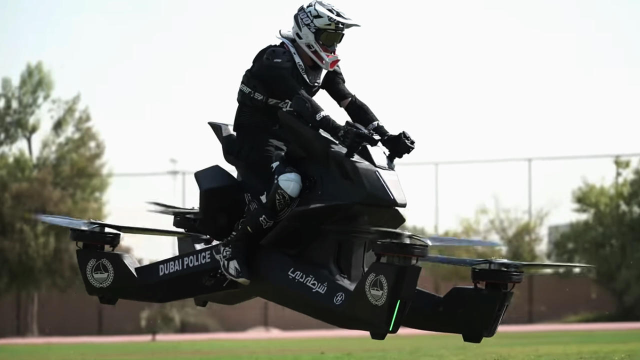 [Video] After Supercars, Dubai police testing insane Hoverbike 3