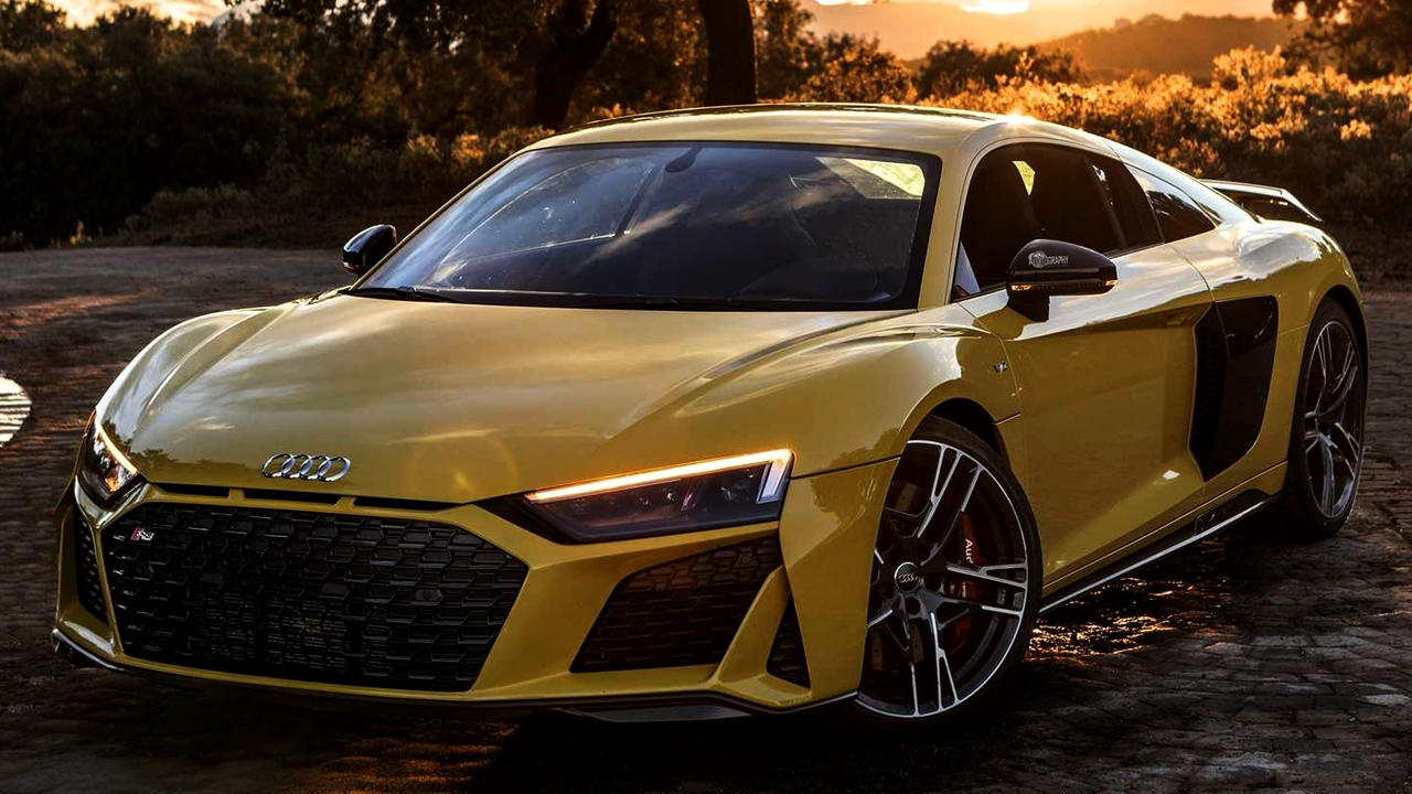 Pictures: Audi R8 V10 Performance Quattro Vegas Yellow