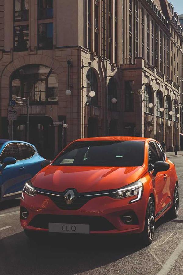 2019 Renault Clio orange