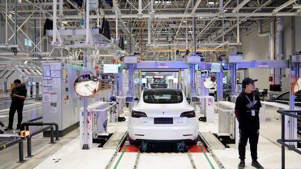 What's happening with Tesla's $7 billion German 'gigafactory'?